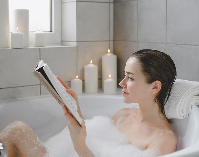 おうちお風呂を楽しむ! 半身浴にはどんな効果があるの?