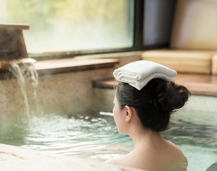 温泉と自宅のお風呂の違い! おうちお風呂を楽しむにはどうすればいいの? 温泉ソムリエが調査!